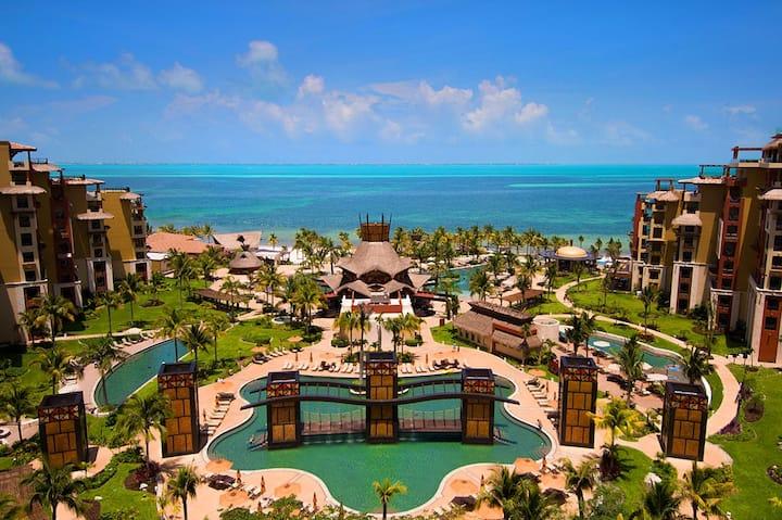 Cancun at Villa del Palmar Beach Resort - Studio