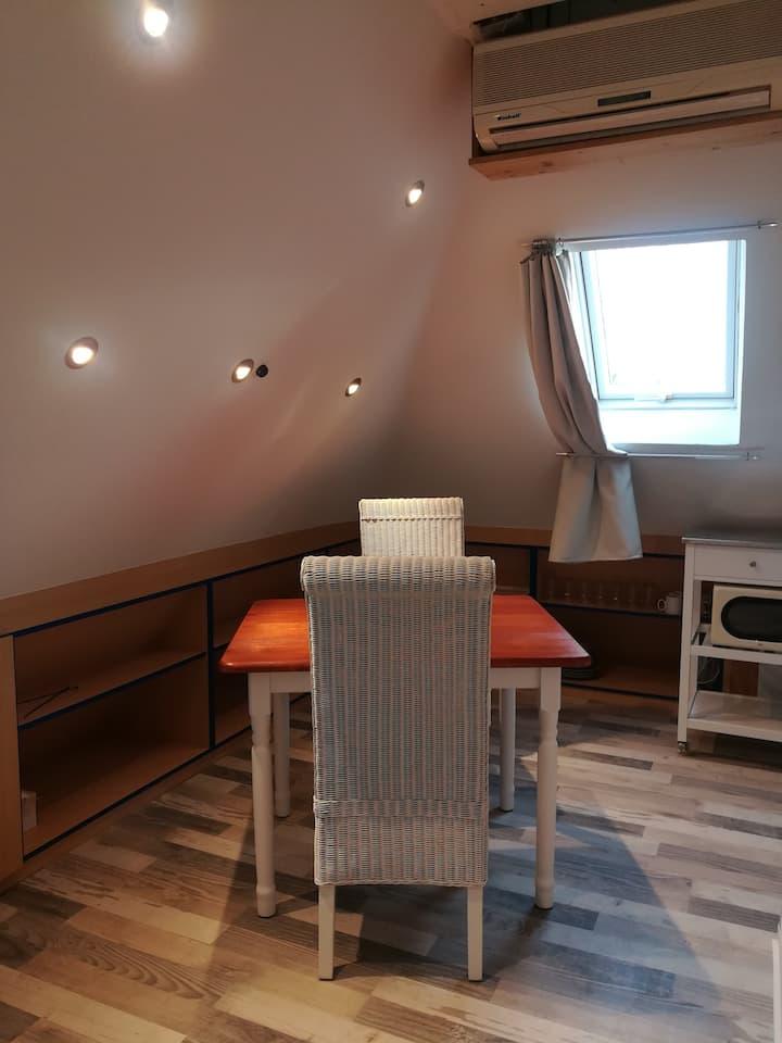 Zimmer am Münchner Stadtrand, trotzdem zentral