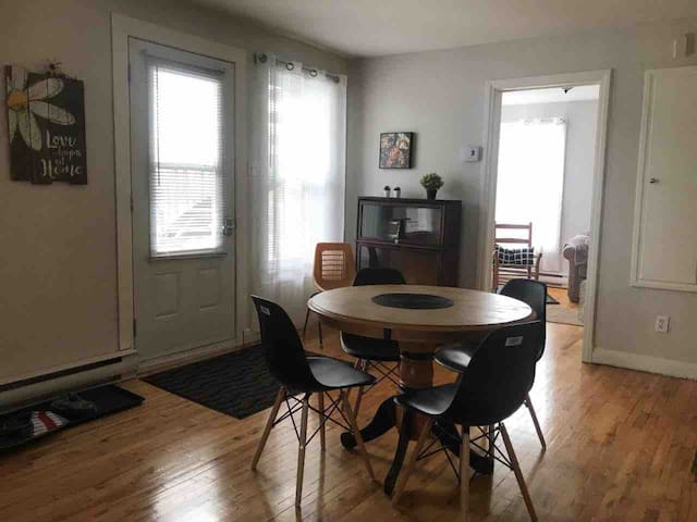 One room apt, Drummondville, 14 nights minimum