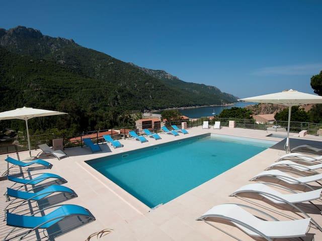 Hotel Kalliste *** vue mer et piscine