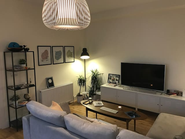 Very private room w/ ensuite in lovely Maida Vale - London - Apartemen