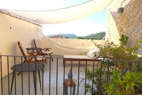 La Luna-studio, terrasse og terrasse, Soller-senter