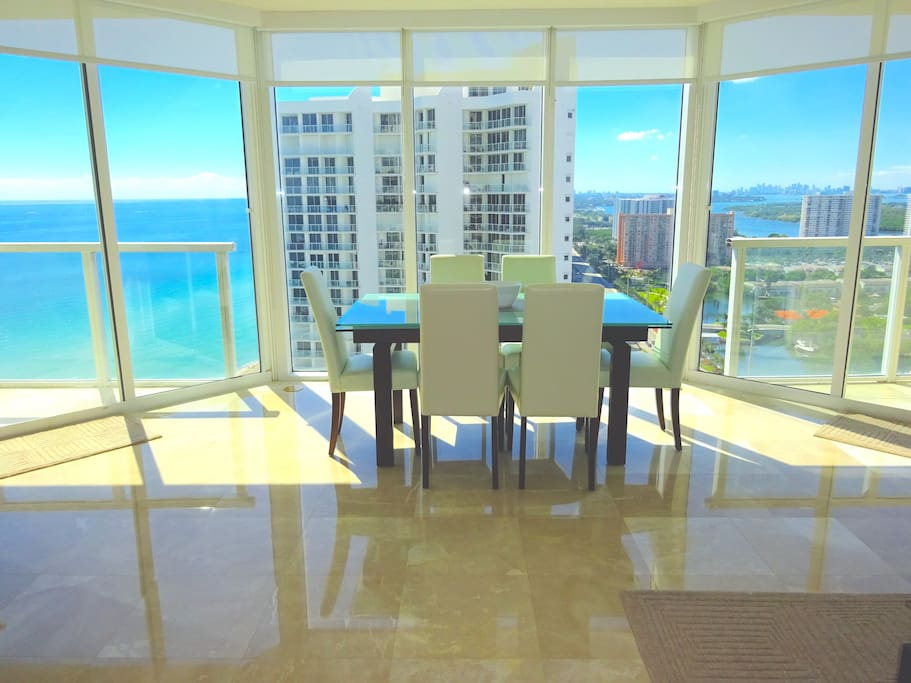 This is the view when you walk into the apartment! Floor to ceiling windows with ocean and city views.