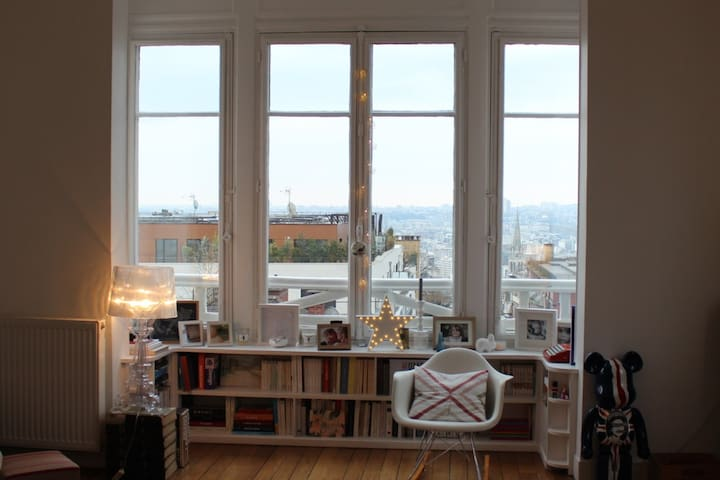 Bel appartement ancien à Saint-Cloud. - Saint-Cloud - Pis