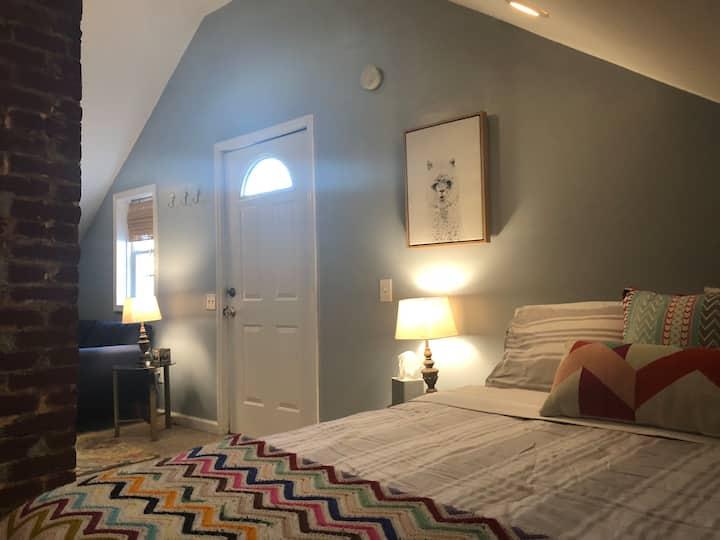 Downtown Murfreesboro Restful Retreat
