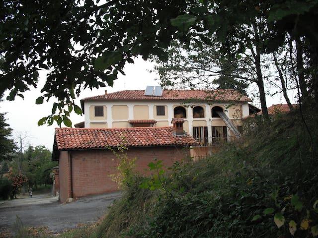 Grande Casale per relax in campagna - Vaschetti - Villa