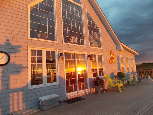 Baie Sainte Anne beach house