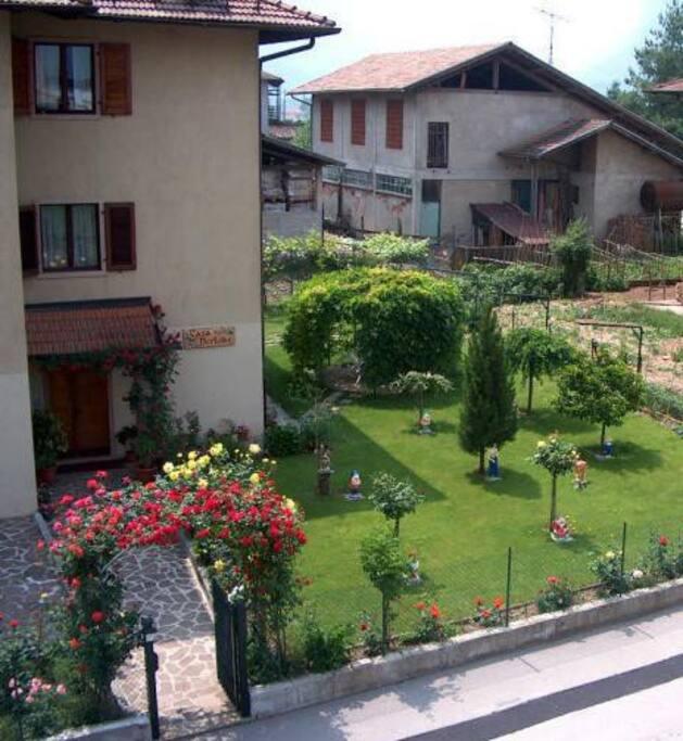 La casa e il giardino
