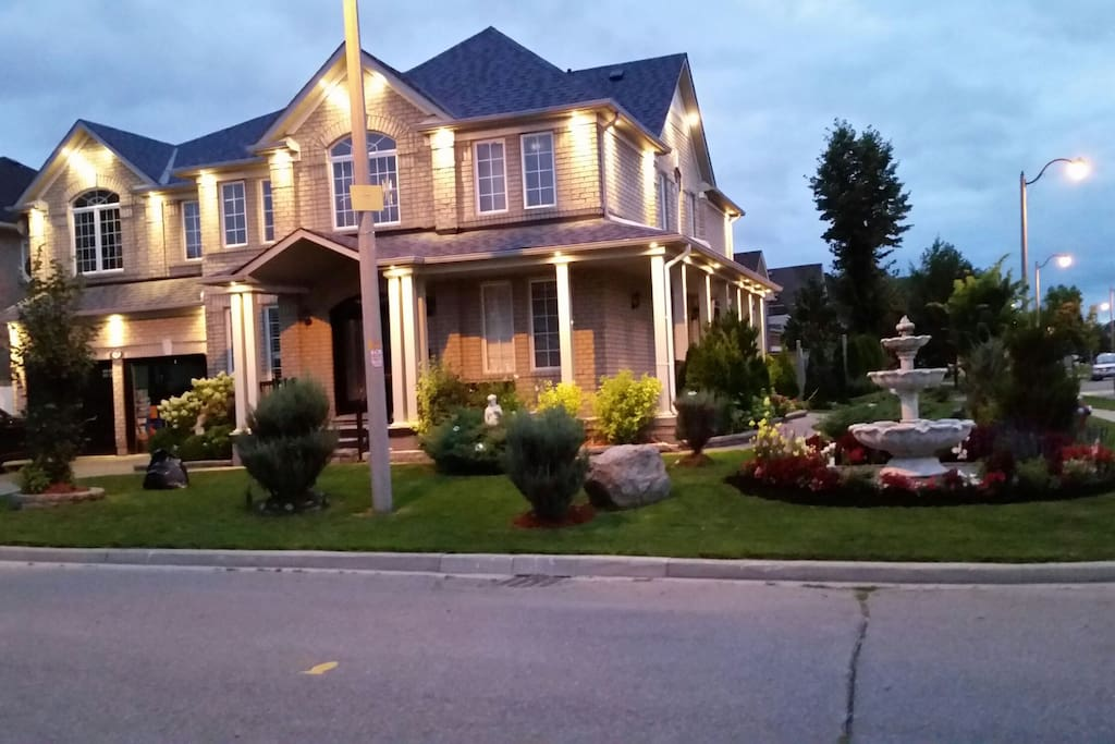 Brampton Ontario Bed And Breakfast