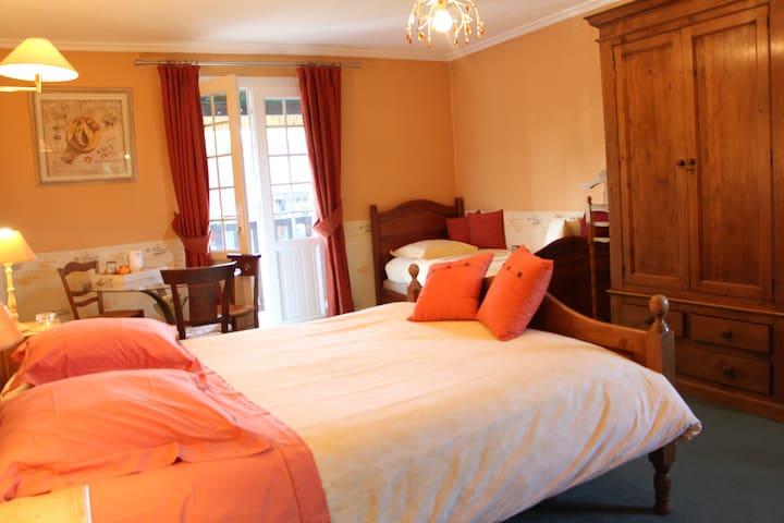La chambre Jaune de La Rivaudière