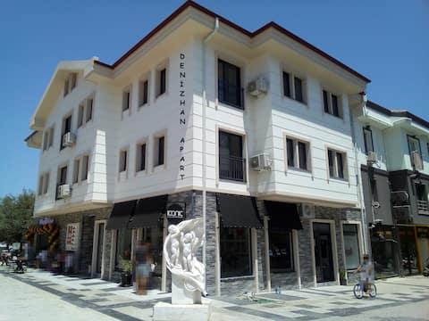 Denizhan Apart - Datça'da 1+1 Çatı Katı (No:14)