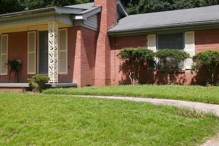 House Parkside Drive  Vicksburg, MS - Vicksburg