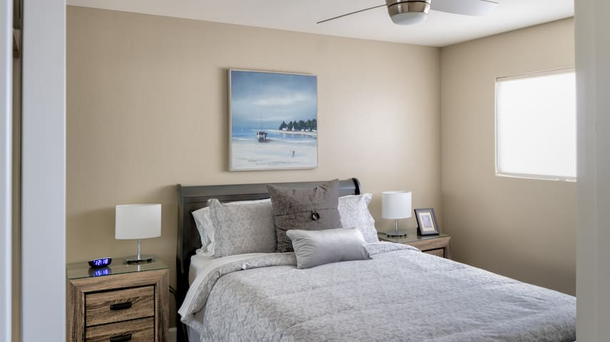 Bedroom #1 - Very comfortable beds and nice linens - spacious closet and dresser for longer stays