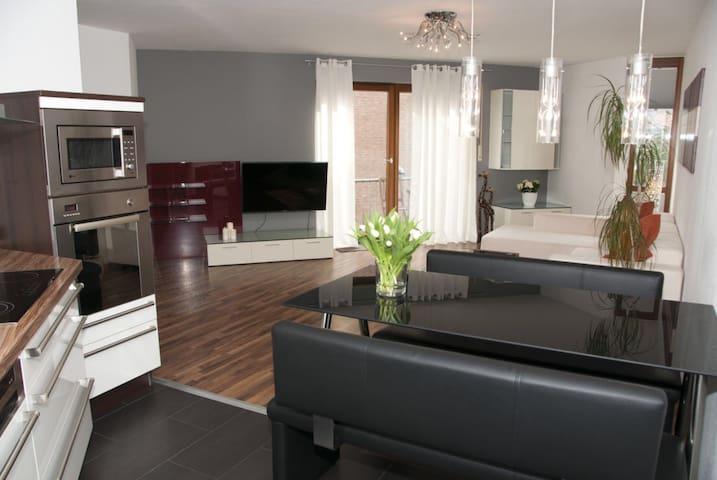 Modern einger. 2 | ZKB | Wohnung - Paderborn - Apartment