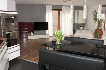 Modern einger. 2 | ZKB | Wohnung - 파더보른 - 아파트