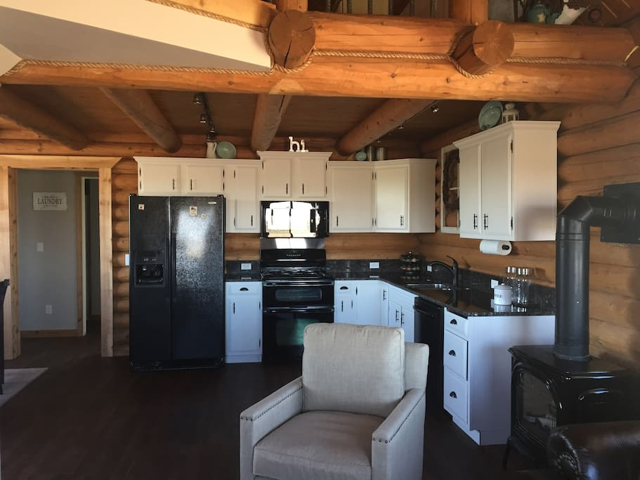 The cabin holiday homes for rent in saint anthony idaho for Anthony lakes cabin rentals