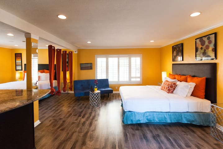 Hollywood Hotel Owners Suite *237*
