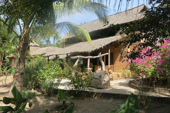 Casabéné - Une case de rêve au bord de l'eau