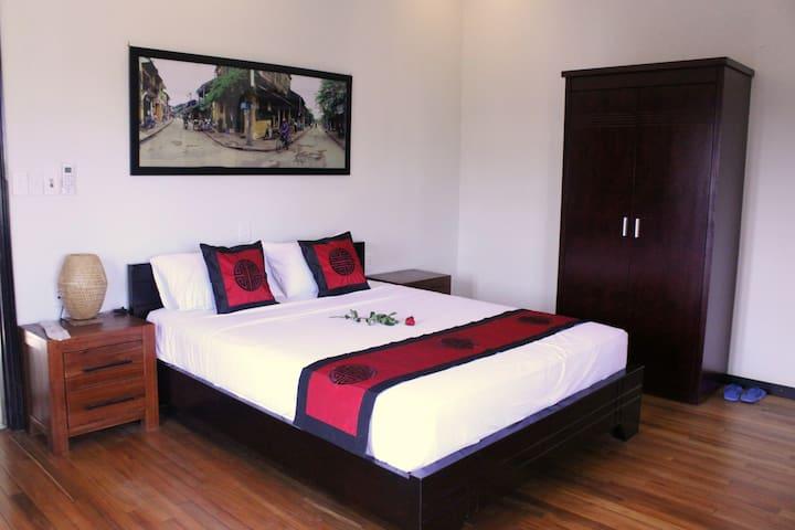 Quiet Room with Terrace