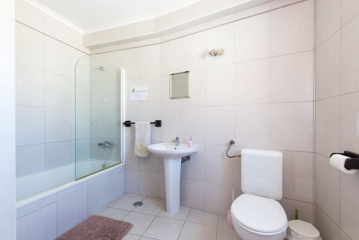 large bathroom of 2
