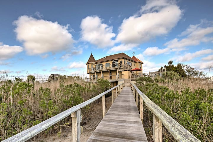 Waterfront Westhampton House w/Private Pool & Dock