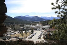 Great hiking trail to the top of a hill off East Wonder View Ave for a view of downtown Estes Park.