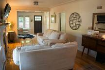 Charming Downtown Bungalow in Downtown Boulder
