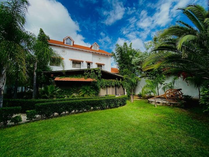 Villa de Lujo (Granjas residenciales)