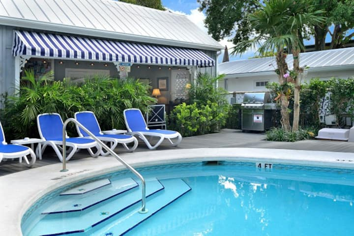 Key West Hideaway, Sleeps 10, 4BR/4BA, Q Sl. Sofa!