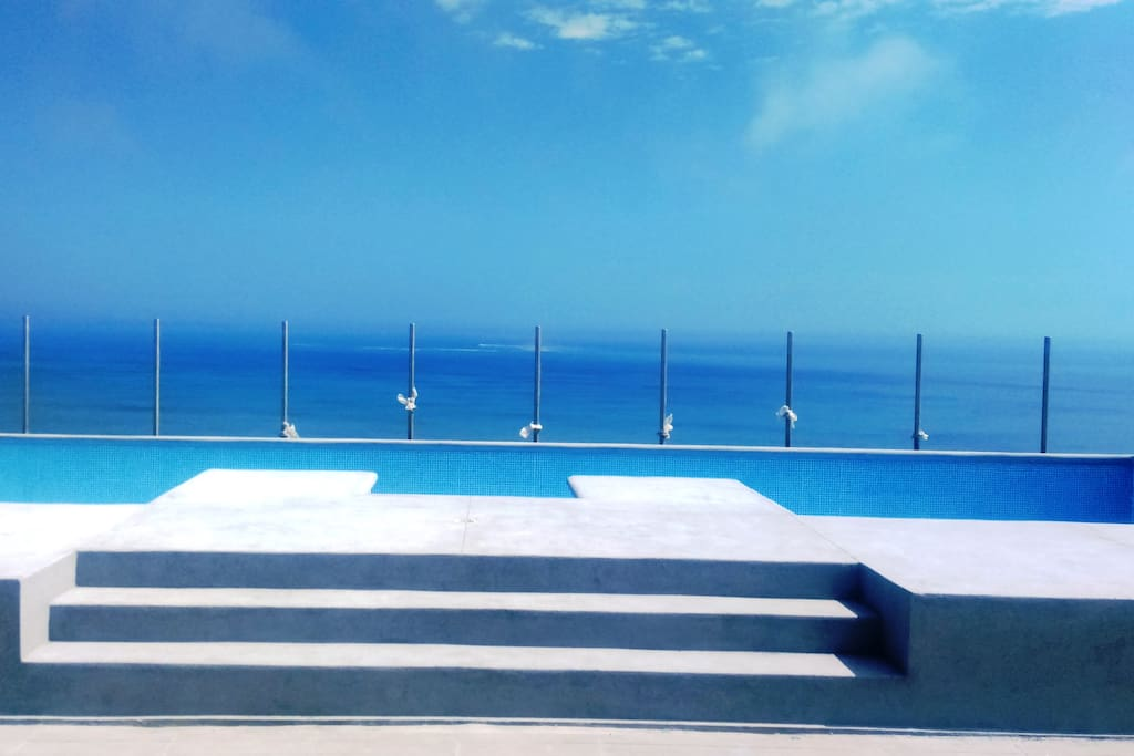 Alquiler vacacional frente al mar serviced apartments for Go fit piscinas san miguel telefono