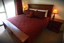 Master bedroom in Red Gum cottage