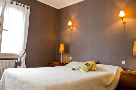 Chambre de charme proche TOURS - Vernou sur Brenne