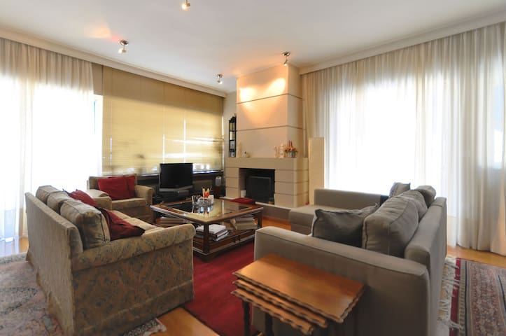 Luxurious Penthouse-Lycabettus view - Athina - Appartamento