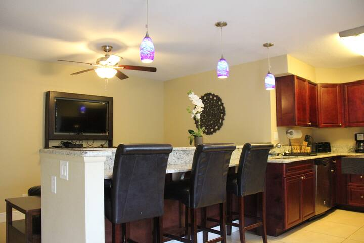 ▴ Cozy Lake Park Apartment with Pool and Dock #1