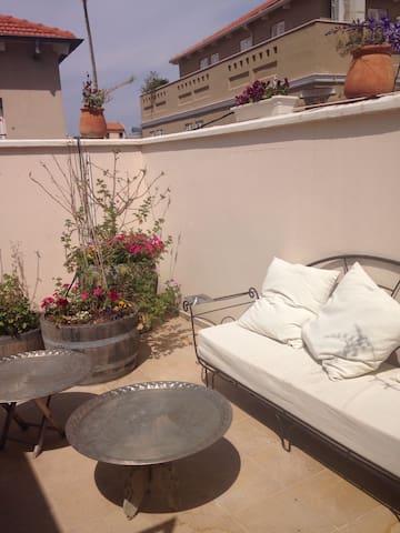 Two beautiful rooms in the heart of Neve-Tzedek - Tel Aviv-Yafo - Huis