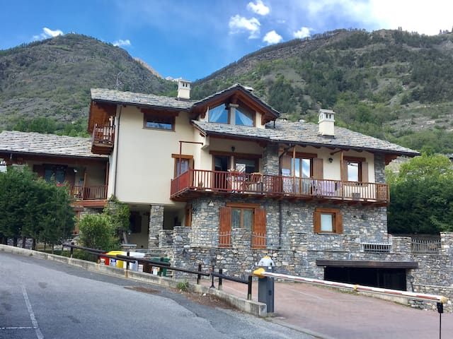 Quiet studio 10 minutes from Aosta