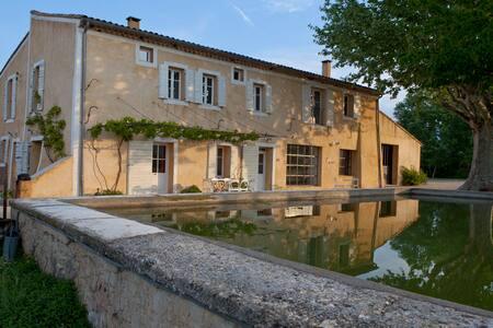 Maison provençale en pleine nature  - Villes-sur-Auzon