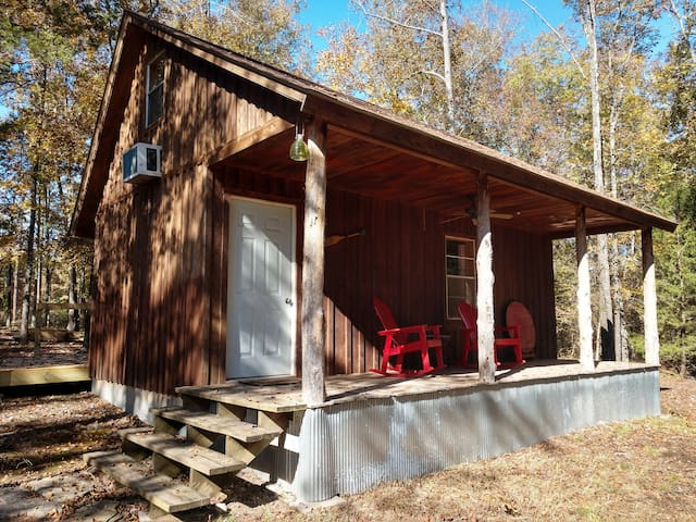 Buffalo Bender Cabin -Less than 2 miles from river