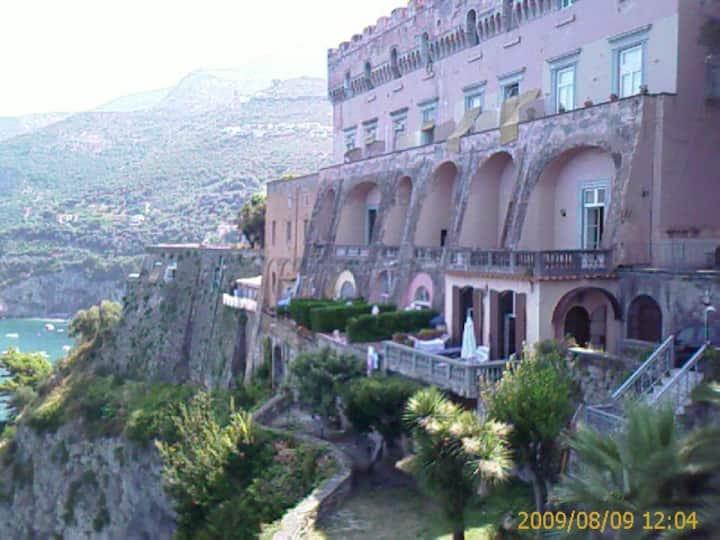 Villetta al Castello con Piscina e Spiaggia