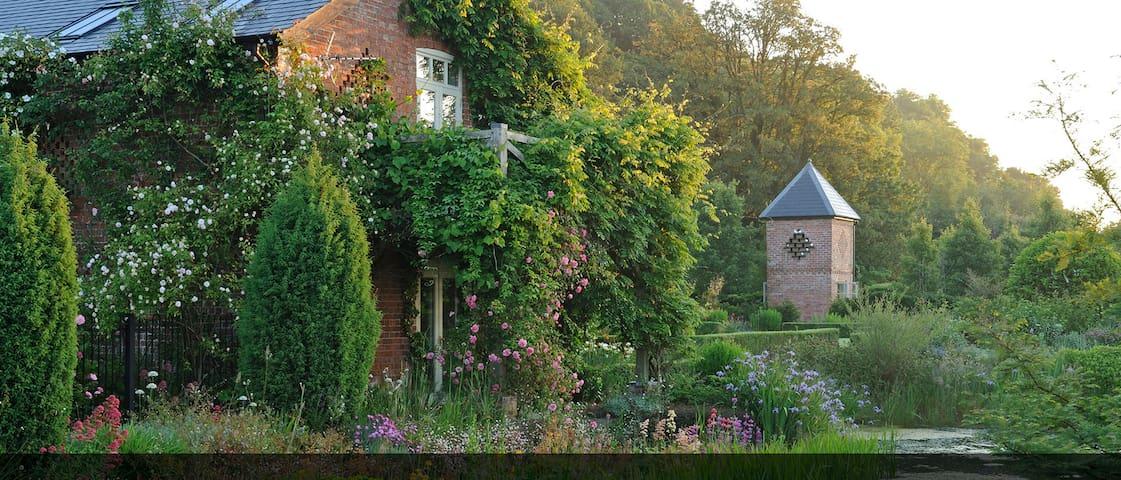 Rhodds Barn - Lyonshall - Casa