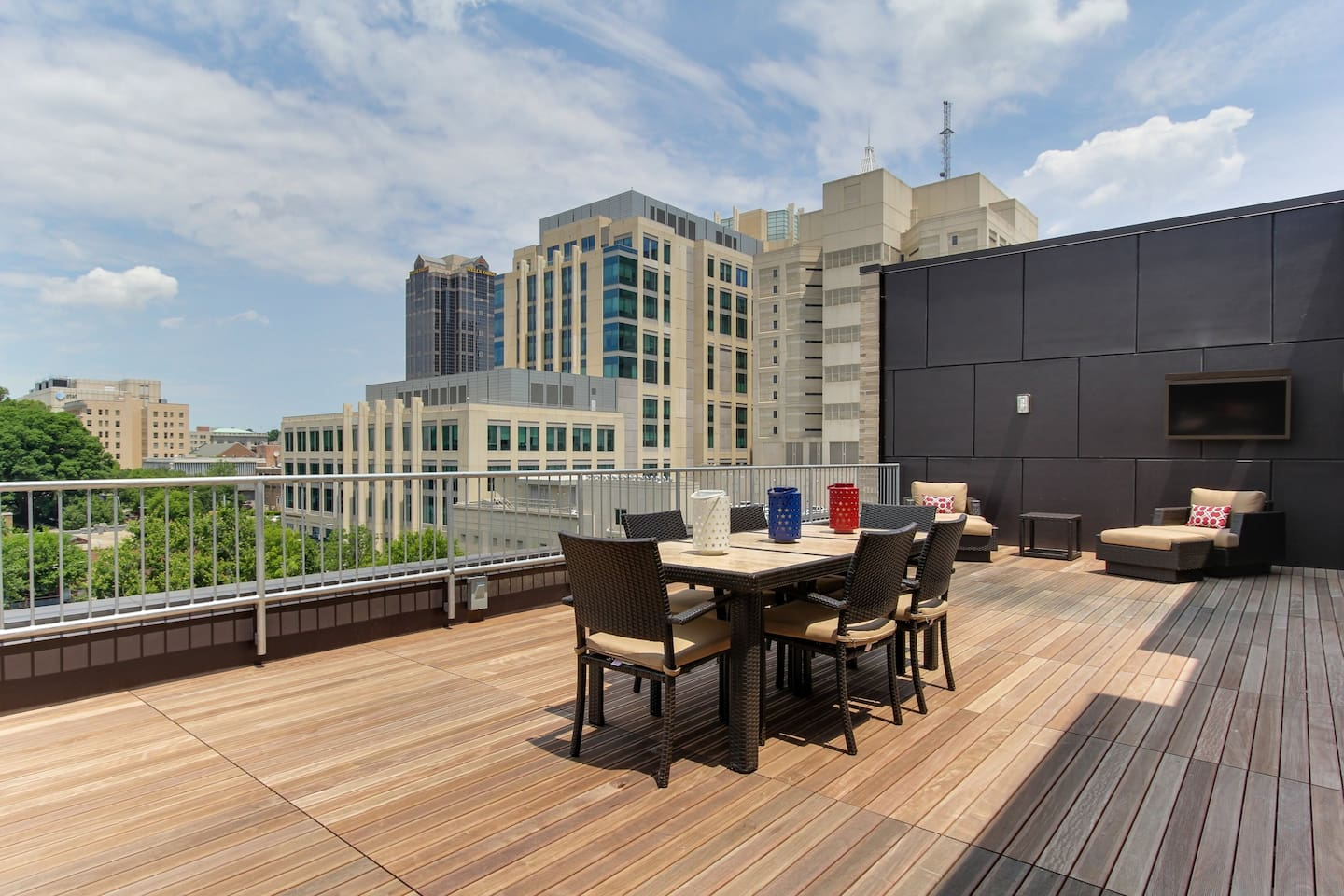 7th floor rooftop patio, now with stainless steel outdoor grills (shared space)