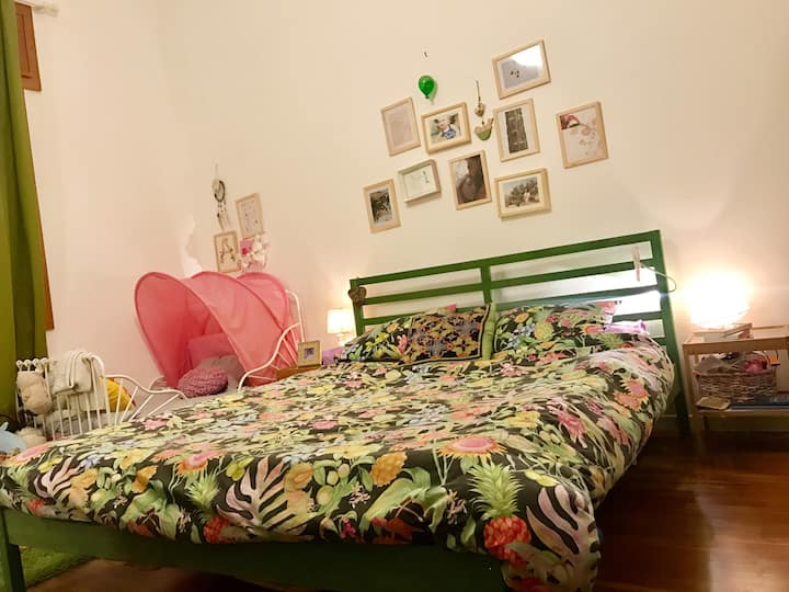 Double room in a cozy flat with private garden