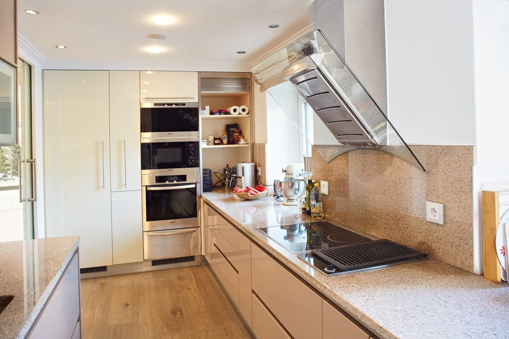 Gourmet Style kitchen with all mod cons