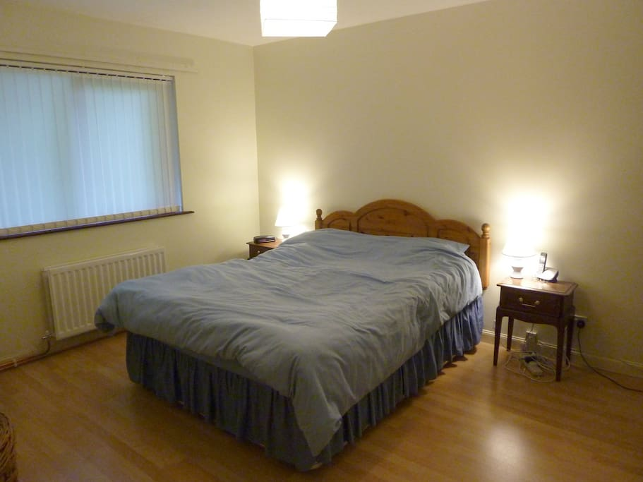 Main bedroom, available if whole apartment being rented