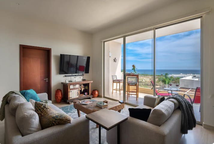 AMAZING LAND´S END VIEWS FROM YOUR APARTMENT CABO