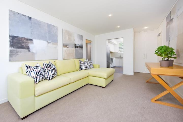 Classy Executive Apartment in Heart of Mosman - Mosman - Apartment