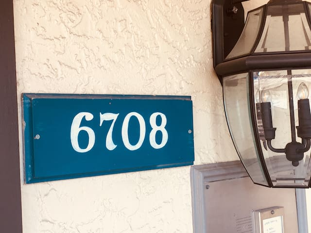 Quiet, comfortable stay in a gated community condo