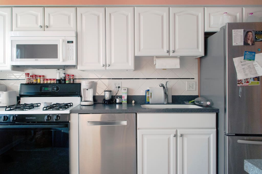 Clean, modern kitchen available