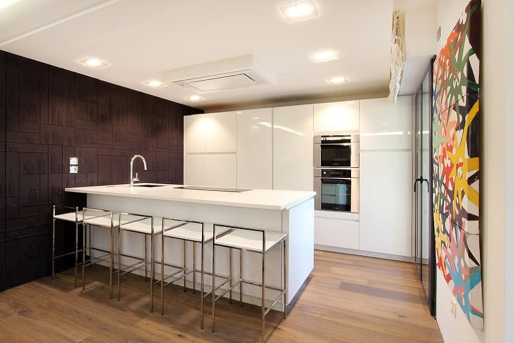 Magnifique appartement de luxe vue mer appartements en for Location appartement design