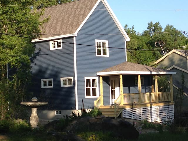 Bright New Home on Peaks Island - 포틀랜드(Portland) - 단독주택
